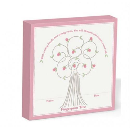 Cuadro de huellas para los deditos del bebé - Rosado disponible en: www.happyeureka.com